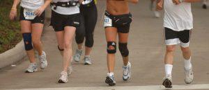 Una forma de exigir menos tus rodillas mientras corres y prevenir lesiones